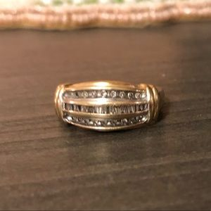 Solid gold 10k diamond ring